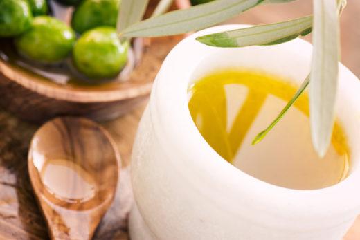 proprietà salutistiche dell'olio d'oliva