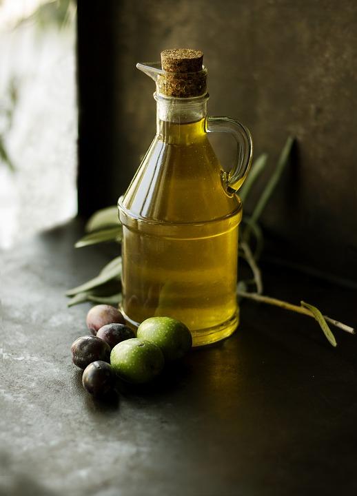 olio d'oliva e dieta mediterranea